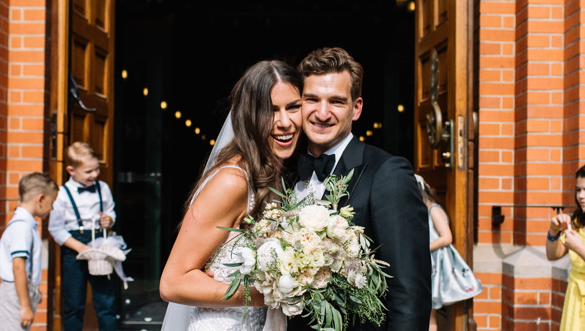 Top-10-Questions-From-The-Bride-And-The-Groom